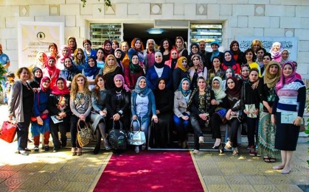 افتتاح مهرجان جمعية الفنانين التشكيليين العراقيين **بمناسبة يوم المرأة العالمي** الذي حمل عنوان ( تشكيليات عراقيات )