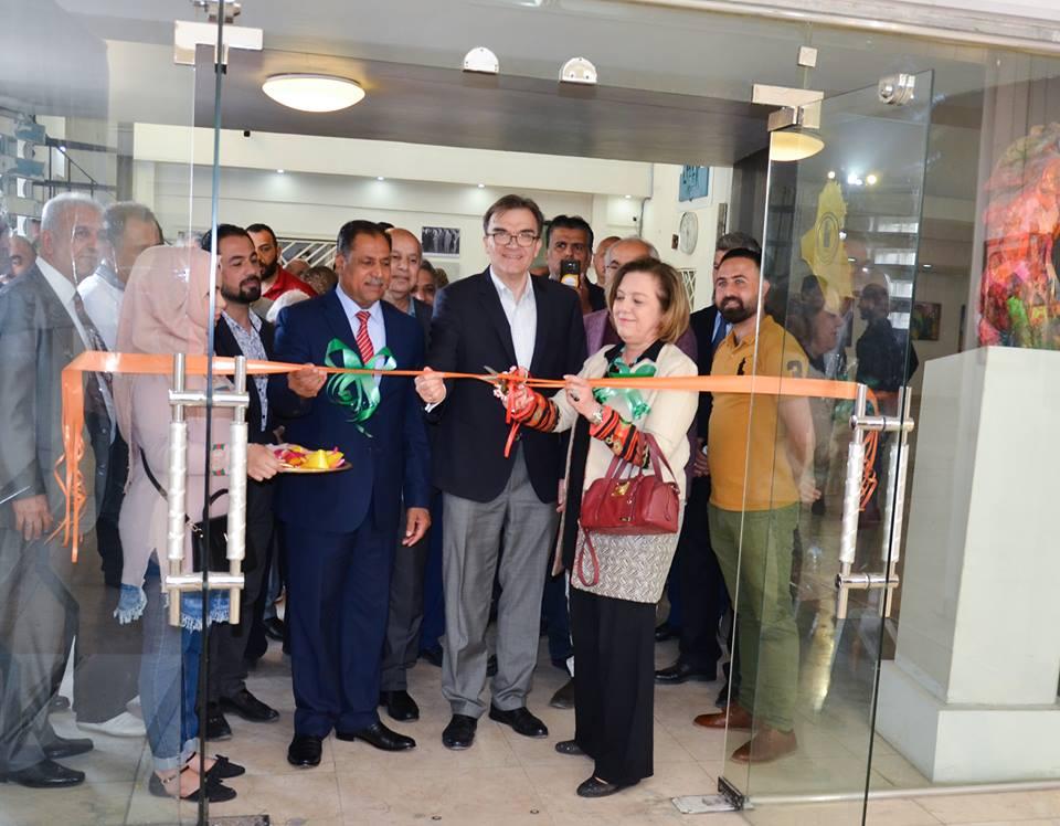 أفتتح في جمعية الفنانين التشكيليين العراقيين اليوم السبت 6 نيسان معرض فناني نينوى في بغداد.